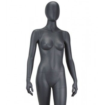 Señora maniqui sin rasgos y666