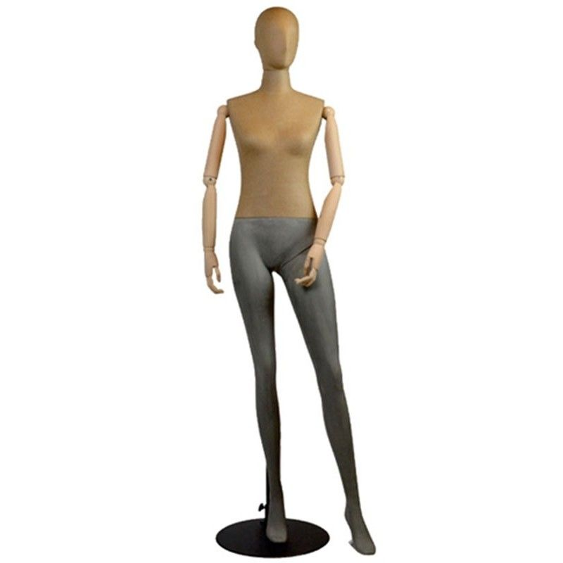 Female mannequins rock tmfd-0