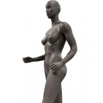 Female trekking mannequin ws27