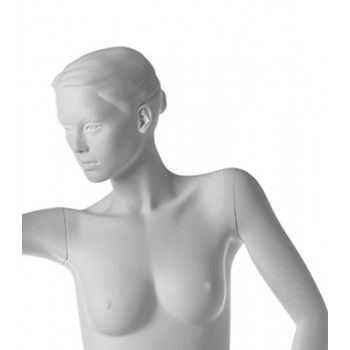 Mannequin woman stylized run ma 23