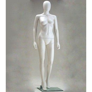 Femme mannequin plastique...