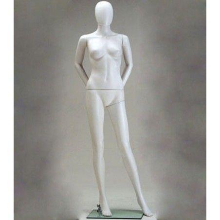 mannequin-femme-plastique