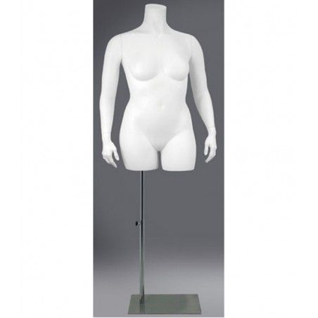 plus-size-female-mannequins
