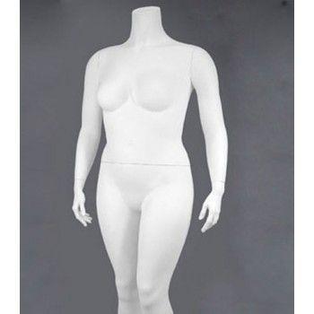 Grande taille femme mannequin xxxl