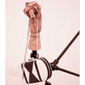 Presentoir main bois articule zig zag 4