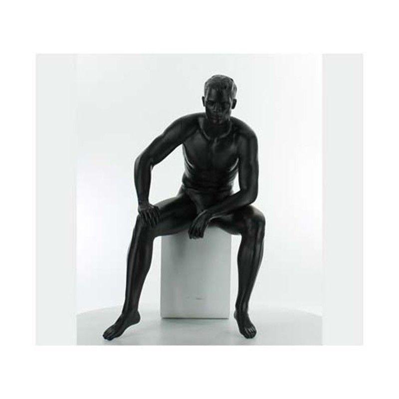 Maniqui ventana hombre sentado ma-9-03